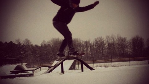 Bounce over and follow #AV7Renegade @smagical. His skills on a snow skate (and mx) are nothing short of magic! #avalon7 #snowskate #liveactivated www.avalon7.co