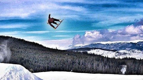 Trust yourself. Control your mind. You will be well rewarded for your struggle. @jah_he knows. #A7Renegade #avalon7 #liveactivated #snowboarding www.avalon7.co