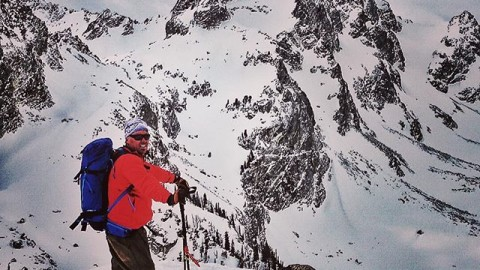 Sometimes going up is as rewarding as going down. @tetonsplitboarder at the top of 25 Short in the Tetons. #avalon7 #themountainsarecalling #splitboarding #liveactivated www.avalon7.co