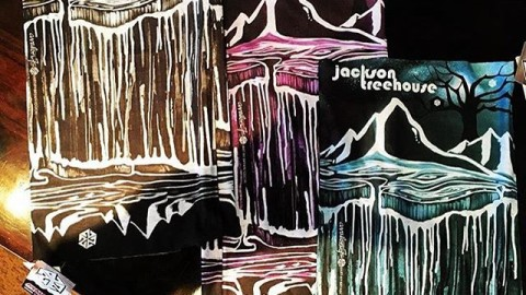 The custom Co.Lab faceshields we did this year for @jacksontreehouse with art by @bryaniguchi came out sick!  #avalon7 #liveactivated #snowboarding www.avalon7.co