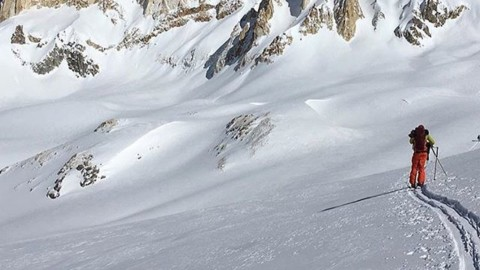 Adventurer @tait_trautman putting in work to get the goods in South America. @avalon7 #liveactivated #skiing