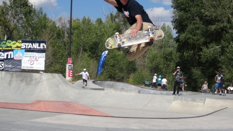 AVALON7 ACTION- WILD WEST SKATE COMP DRIGGS