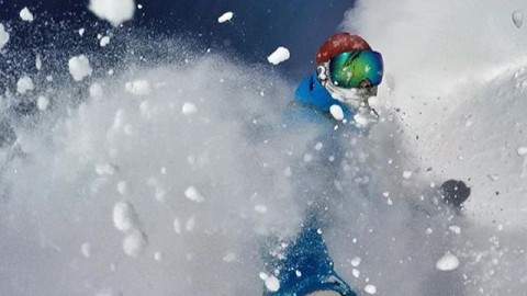 Pow pow chomp chomp! Adventurer @tyads puts one of our Stretchsoft Faceshields to the test in the deep snow @jacksonhole. #avalon7 #liveactivated #snowboarding  #gopro @gopro Stay warm, Stay stoked this winter by clicking over to www.avalon7.co!