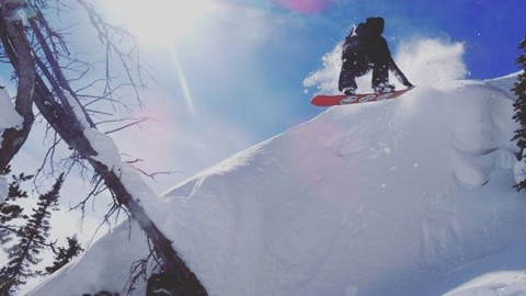 @jeffmoran76 getting radical. #avalon7 #liveactivated #snowboarding www.a-7.co