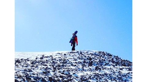 Wander.  #avalon7 #liveactivated #snowboarding www.avalon7.co