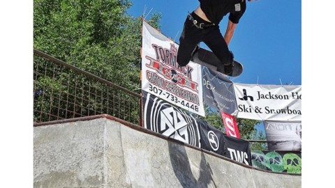 #A7Renegade @hagenkearney blastin' at the @wildwestskateboarding contest  in Driggs yesterday. The kids were going off!! #wwscs #avalon7 #liveactivated #skateboarding www.a-7.co