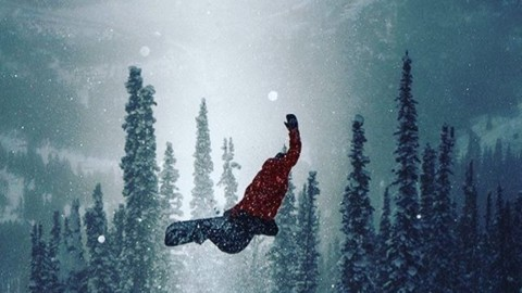 #A7Renegade @camfitzpatrick finds a method in the madness surrounded by a bit of faerydust. #nextlevelvibes #spiritusorb #inspiredstate Regram from @jacksonhole Photo by @jxnfigs