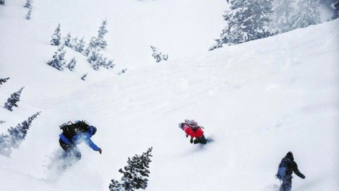 Mob the mountain with your friends!  Spring pow rules! #MobTheMtn #liveactivated #snowboarding www.A-7.CO
