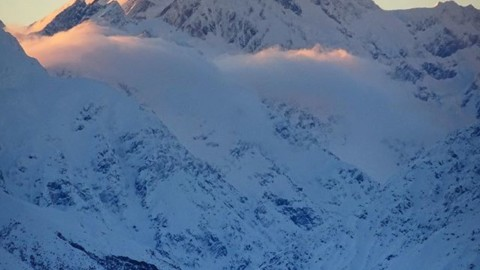 I dream of mountains. #AVALON7 #InspiredState #mtcook www.a-7.co
