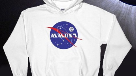 The next level is always out there, calling for us to push forward into the unknown and find out what's on the other side.  The new Astronautical Hoodie will keep you warm even when the sun disappears and the stars come out in the middle of the day.  Check it out at www.avalon7.com.  @avalon7 #liveactivated #snowboarding #nextlevelvibes