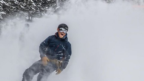 Seek the Stoke.  #snowboarding #shapersummit Photo: @shred_collection_media