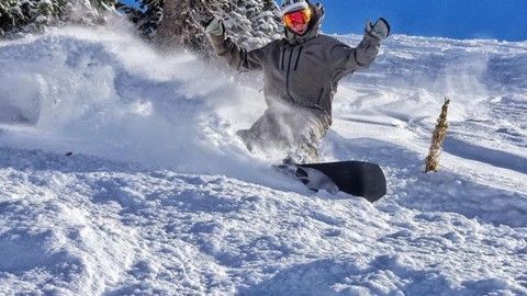 It's on! Get out and slash something on Turkeyday! #givethanks #seekthestoke #snowboarding